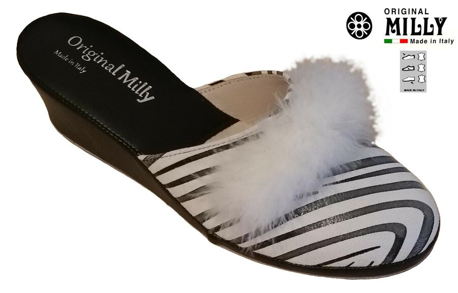 Milly 300 Zebrato ciabatta pelle chiusa con piuma bianca Marabou