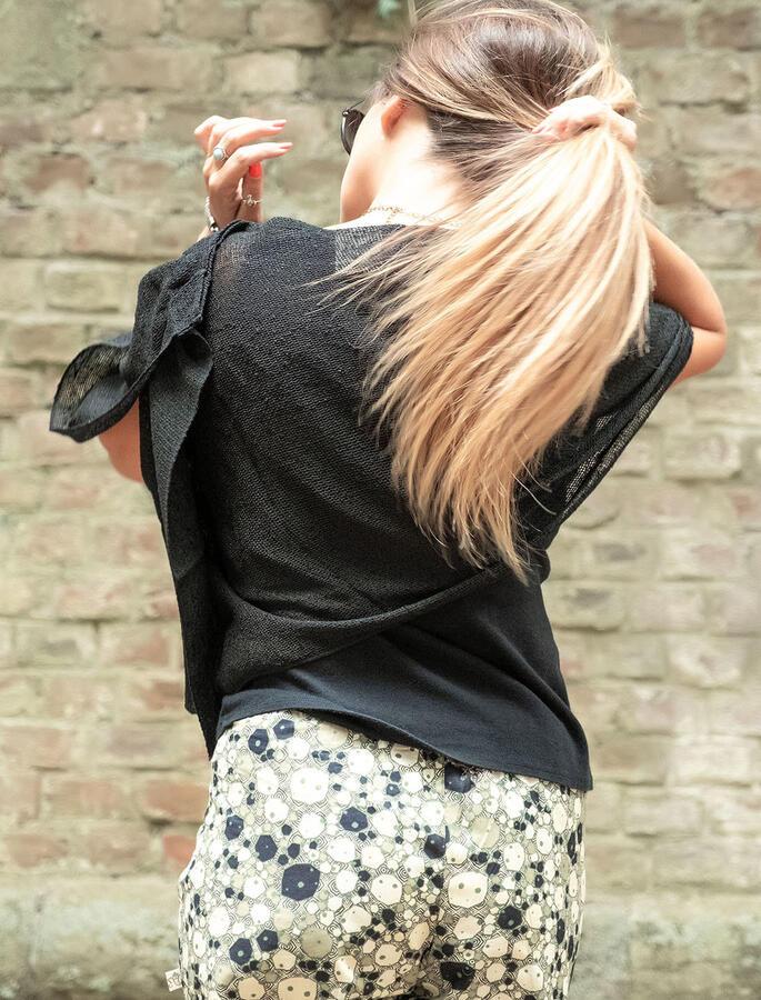 Coprispalle bolero elegante Swati - Nero