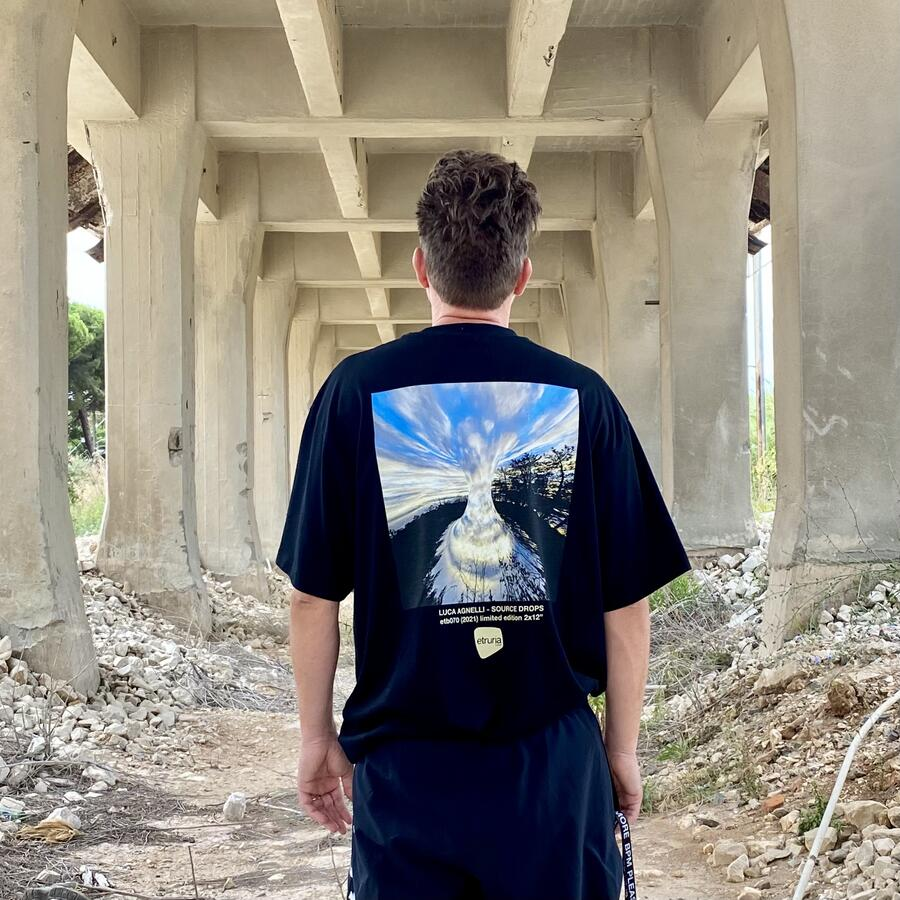 T-SHIRT LIMITED EDITION SOURCE DROPS
