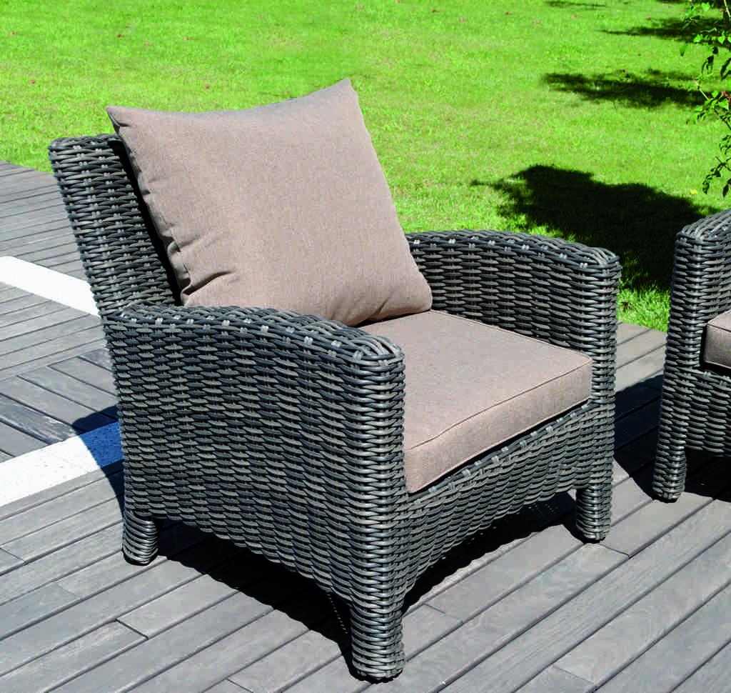 Set divanetto giardino porto rotondo divano 2 poltrone for Divano rotondo