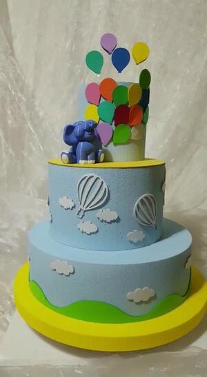 torta scenografica Elefantino