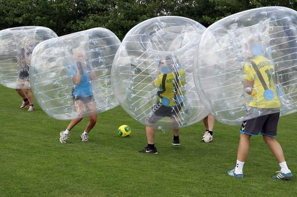 Bubble Football il calcio dentro enorme il pallone gonfiabile Happy Bumper Ball a norma PZ 10