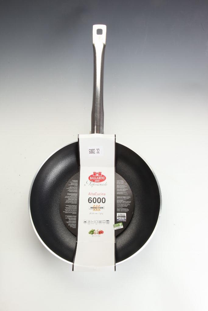 Padella svasata wok cm 28 media 1 manico Ballarini Serie Professionale 6000 mm5 cm 28 h 7 per induzione codice 6002.28