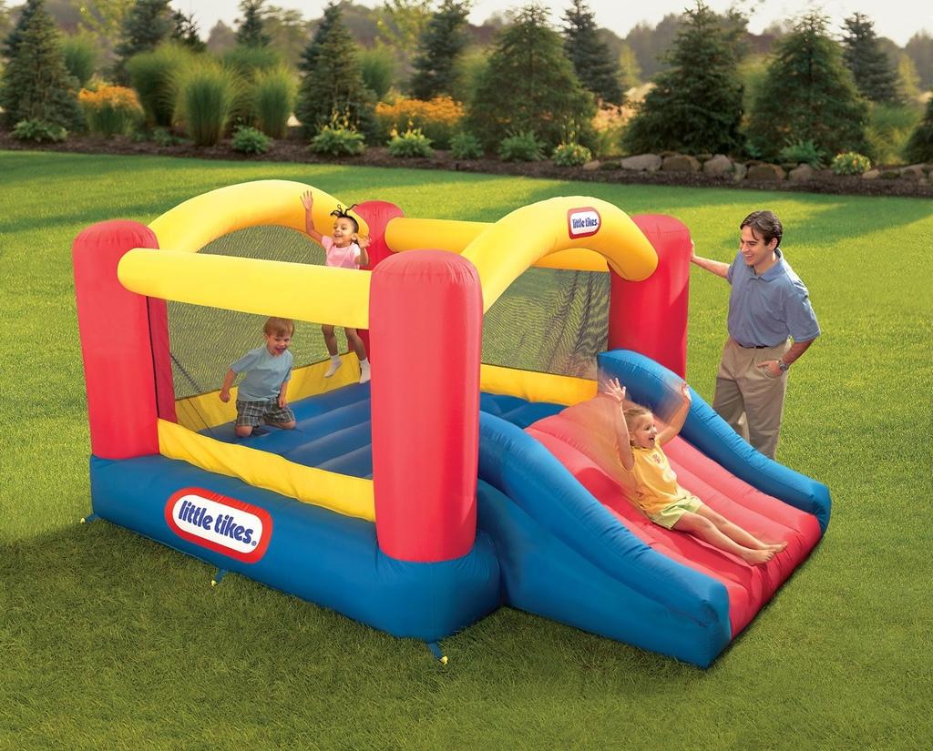 Parco giochi gonfiabile da giardino per bambini little for Prezzo scivolo chicco
