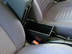 Armrest with storage for Alfa Romeo Mito