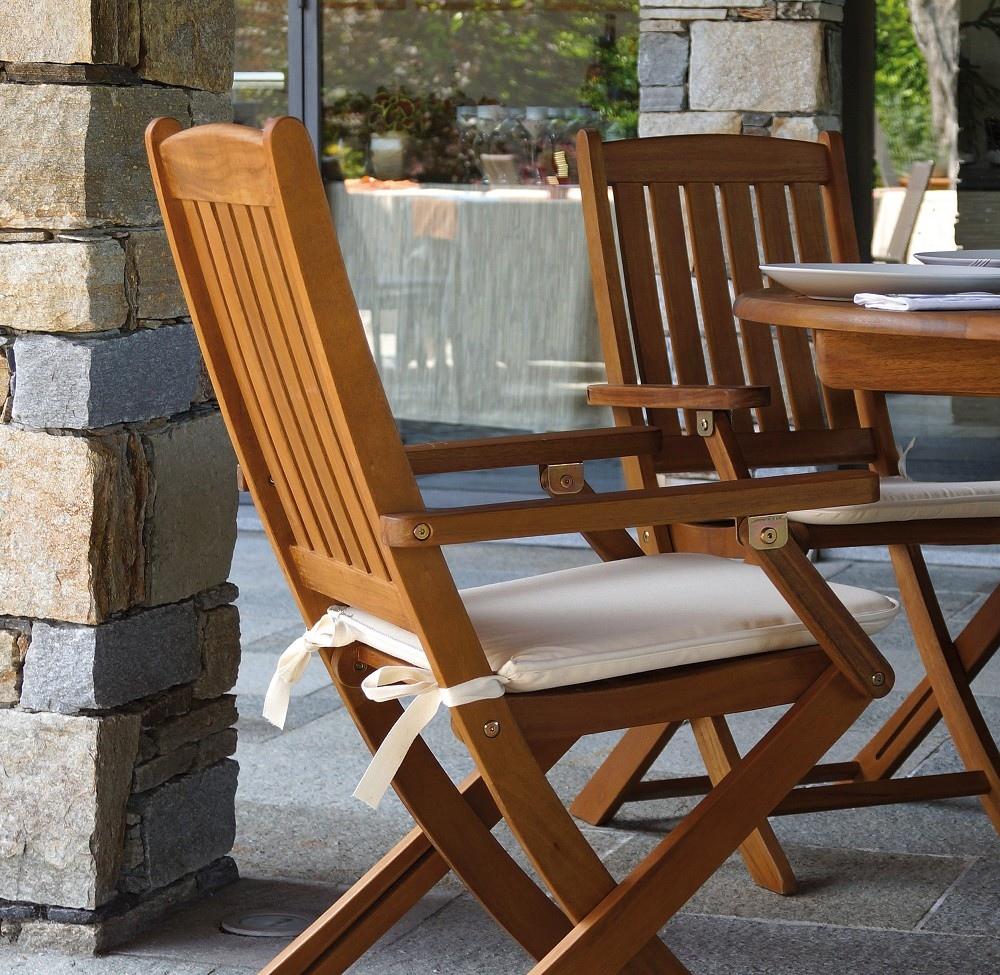 Sedia pieghevole siviglia con braccioli in legno d 39 acacia for Sedie in legno
