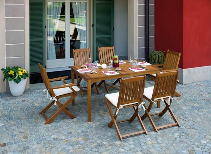 Sedie In Legno Con Braccioli : Sedia pieghevole siviglia con braccioli in legno d acacia