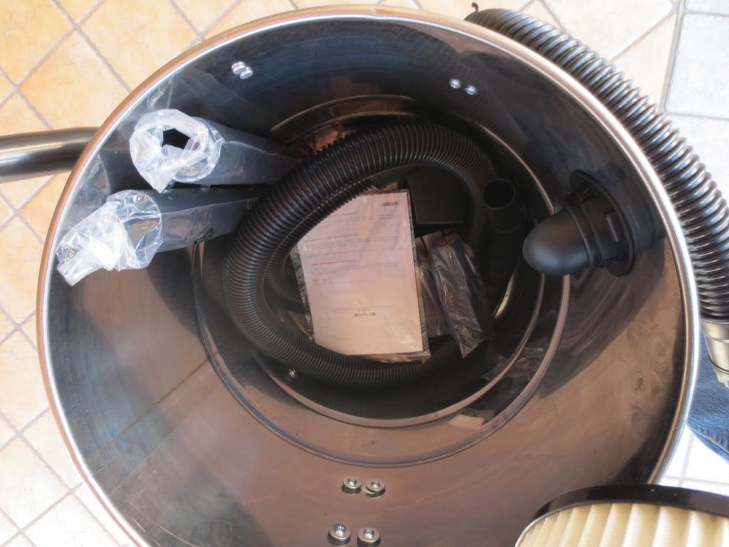 Bidone IDROASPIRATORE YAMATO solidi/liquidi 50 Litri potenza 1200W 19 kpa 13,80 kg con filtro Hepa e accessori