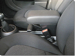 Adjustable armrest with storage for Mini Countryman