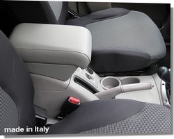 Adjustable armrest for Mitsubishi L200 (from 2006) 4th generation