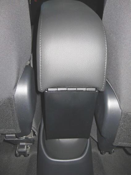 Mittelarmlehne für Toyota Yaris - Hybrid (2015-2020) in der Länge verstellbaren