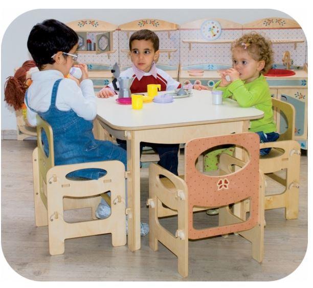 Tavolo Quadrato Azzurro Pastello per Bambini in Legno Naturale di Dida