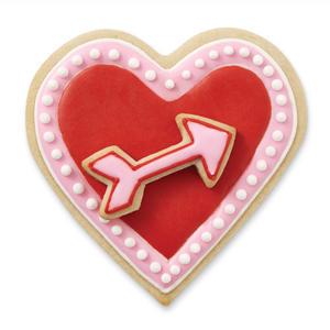 cutter tagliapasta cuore con freccia Wilton