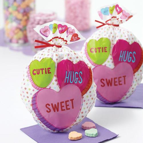 conf. 15 sacchetti per dolcetti tema San Valentino