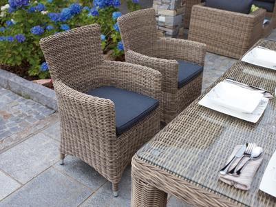 Poltroncina ANTIGUA in Alluminio e Wicker Grey Kubu con cuscino CHW 60