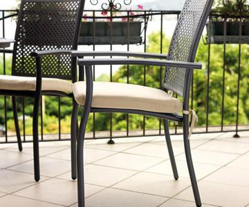 SEDIA da giardino con braccioli GAETA alluminio grigio antracite impilabile CHA 70