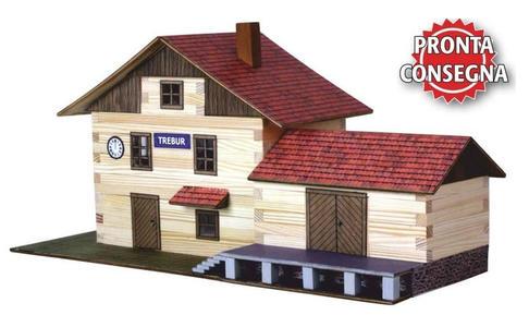 Costruzioni in Legno Naturale la Stazione del Treno di Walachia Kit da 213 Pezzi