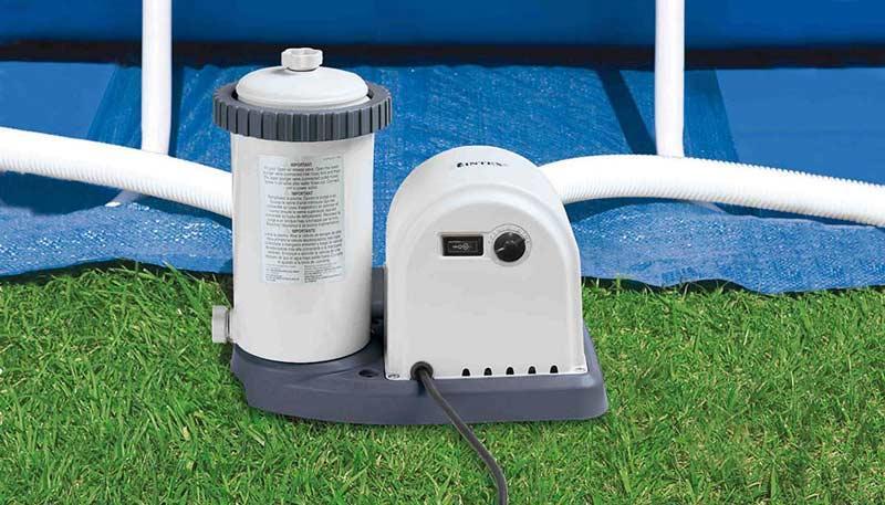 Pompa filtro per piscina a cartuccia CON TIMER INTEX 28636 da 5678 mc per pulizia e filtraggio acqua piscina