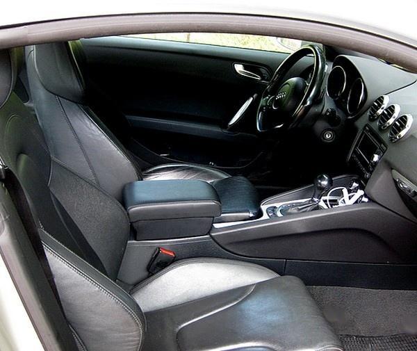 Accoudoir avec porte-objet pour Audi TT (2007-2014)