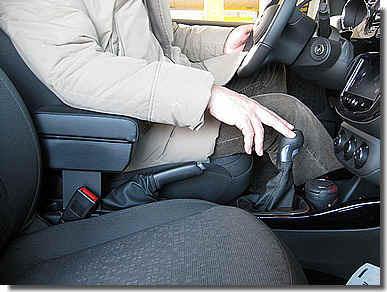 Bracciolo regolabile con portaoggetti per Opel Adam