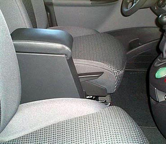 Adjustable armrest with storage for Citroen C8