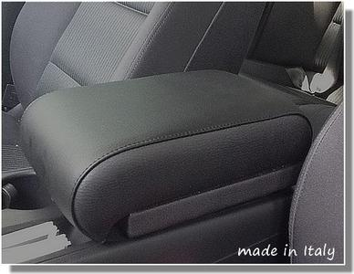 Adjustable armrest for Audi A4 (from 2007) and A5