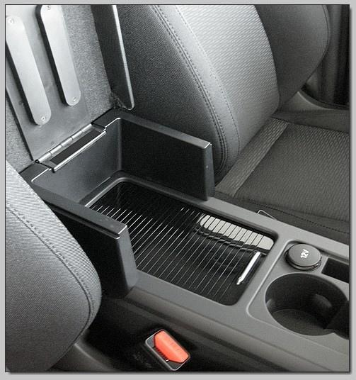 Adjustable armrest for Land Rover Discovery Sport
