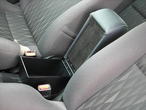 Bracciolo con portaoggetti per Ford Focus (2002-2004)