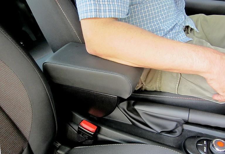 Adjustable armrest with storage for Mini (2014>) F56 / F57 - 3d generation