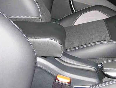 Adjustable armrest for Peugeot 2008