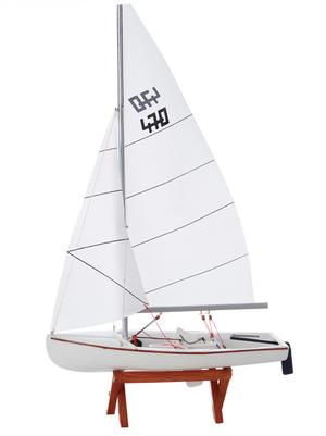 Modello di Deriva a Vela 470 in Legno di Artesania Esteban - Mondo Nautica 24
