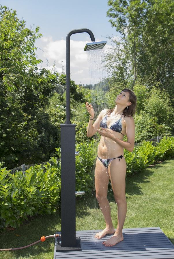 Doccia a riscaldamento solare in alluminio mod. 26 Lt STEIN