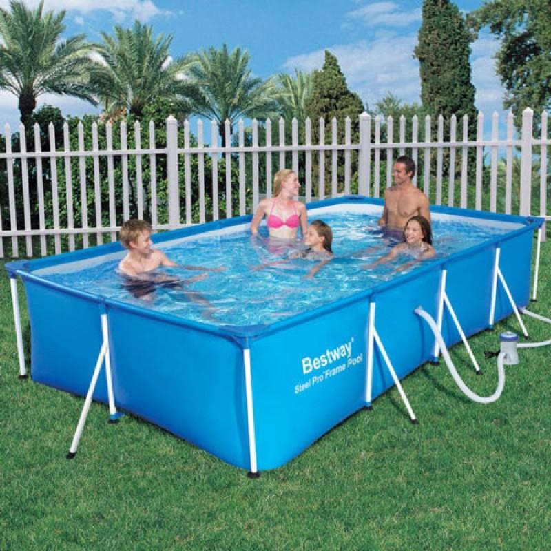 Panoramica non rinunciate a un tuffo rinfrescante in una for Pompa x piscina esterna