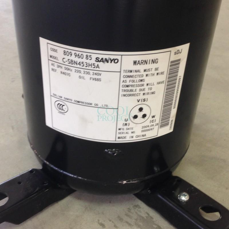 Sanyo hermetic scroll compressor C-SBN453H5A