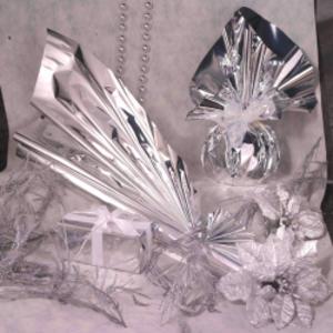 50 BUSTE REGALO IN PPL METAL LUCIDO 16x21+4cm ARGENTO con patella adesiva