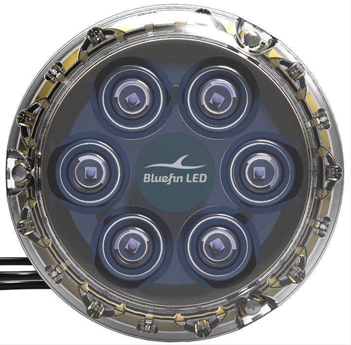 Led Subacqueo Piranha P6 Nitro con prerogativa Nitro Boost di Bluefin LED - Offerta di Mondo Nautica 24
