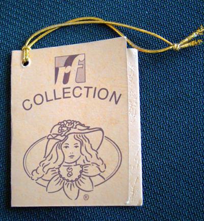 Bambola da Collezione in Porcellana con Borsetta a Sacco e Vestito a Fiori RF Collection Qualità Made in Germany