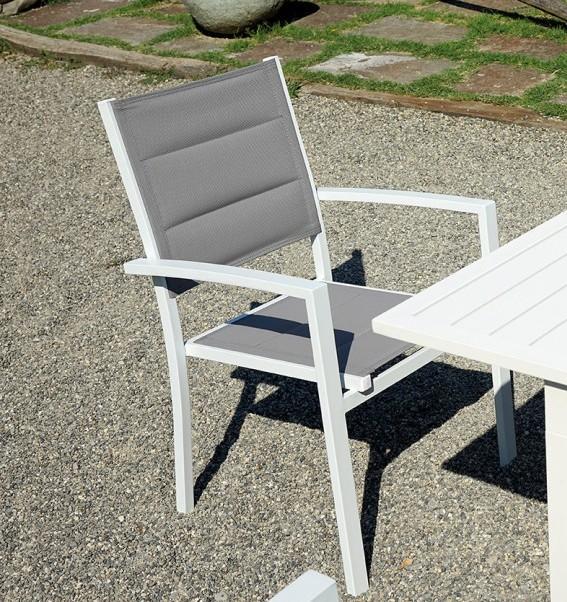 Sedie Da Giardino Bianche.Descrizione Completa La Sedia Segesta E Perfetta Per Arredare In