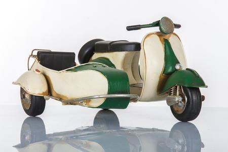Sidecar scooter bianco e verde, linea Cuor Veloce