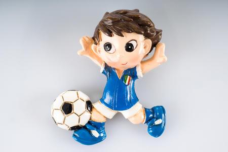 Magnete calciatore in resina due modelli assortiti, linea Cuore in Campo