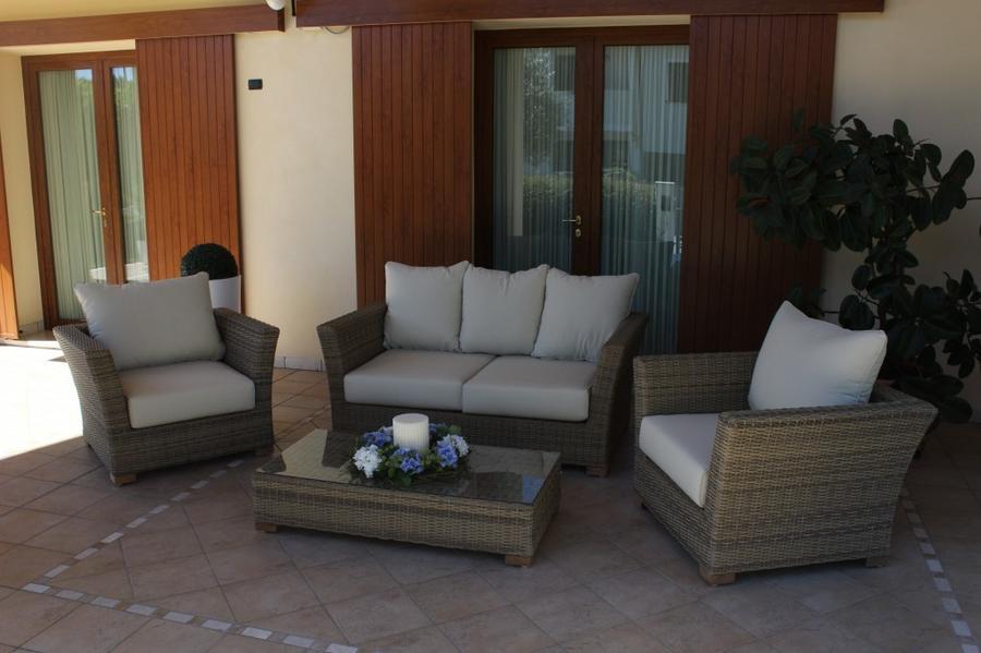 Salotto da giardino in wicker GIAVANINA in alluminio NOCCIOLA con divano 3 posti super qualità