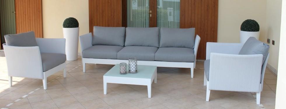 Salotto da giardino salotto treviso imperiale con divano 3 for Salotto da giardino amazon