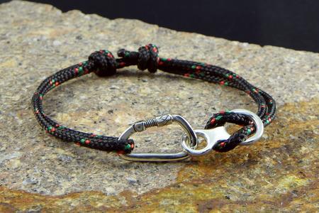Bracelet Climber Carabiner + Figure 8 - sm.