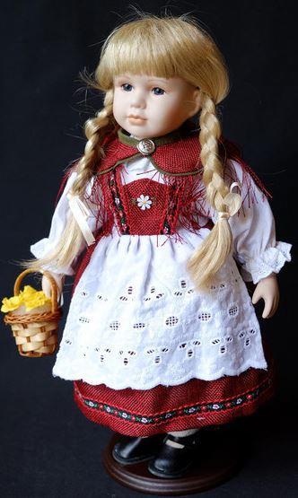 Bambola da Collezione in Porcellana Bavarese con Vestito Rosso e Cappellino con Piuma RF Collection Qualità Made in Germany