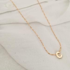 GIROCOLLO IN GOLD-FILLED CON LETTERA