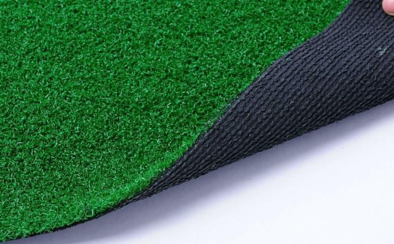Prato sintetico mod Golf PRO 1 X 25 TAPPETO SINTETICO IN ROTOLO 1 X 25 M PER ESTERNO