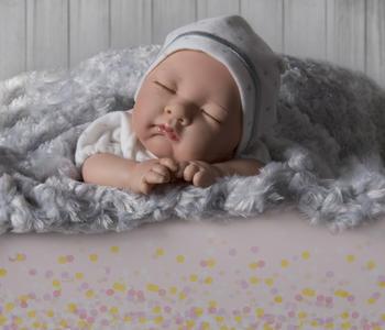 Bambola Nines d'Onil 'Mi Bebito Dream' Profumata in Vinile Completa di Scatola