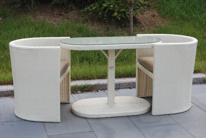 Salotto da giardino in polyrattan col bianco mod taormina for Salotto bianco