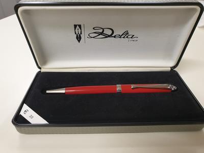Penna a sfera Delta Italy rossa con particolari in acciaio