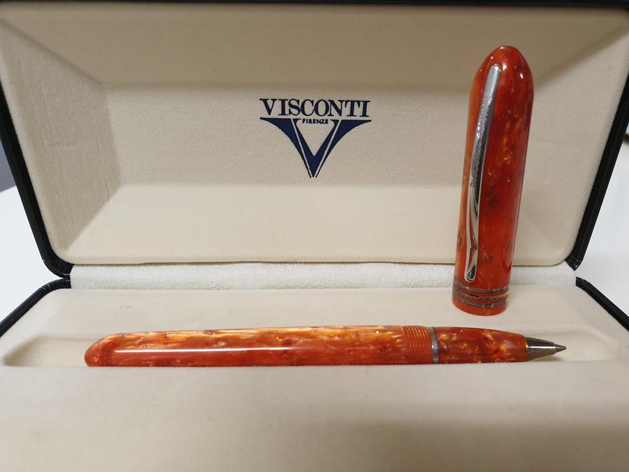 Penna roller Visconti Amigdala in resina arancione